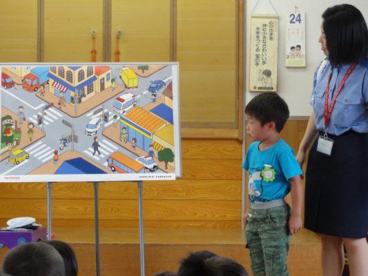 第1回交通教室が行われました。